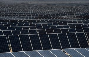 México mira al sol para la producción de energía eléctrica - 8e449414d2e6ce3feded0e2f0cbbe2b2392649fe-300x193