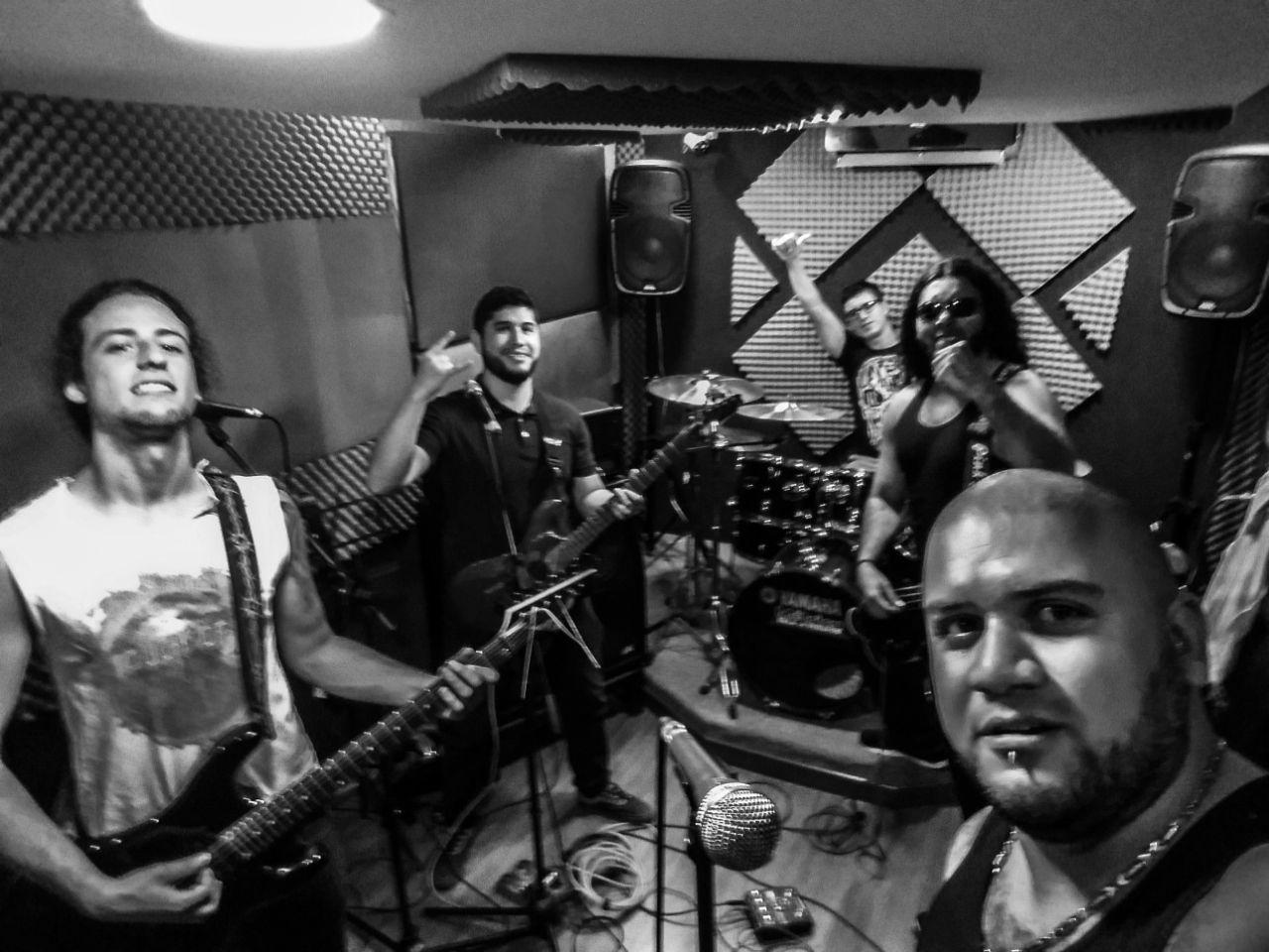 MAYA HAEVY ROCK DE ARMENIA - WhatsApp-Image-2018-04-14-at-10.57.31-AM