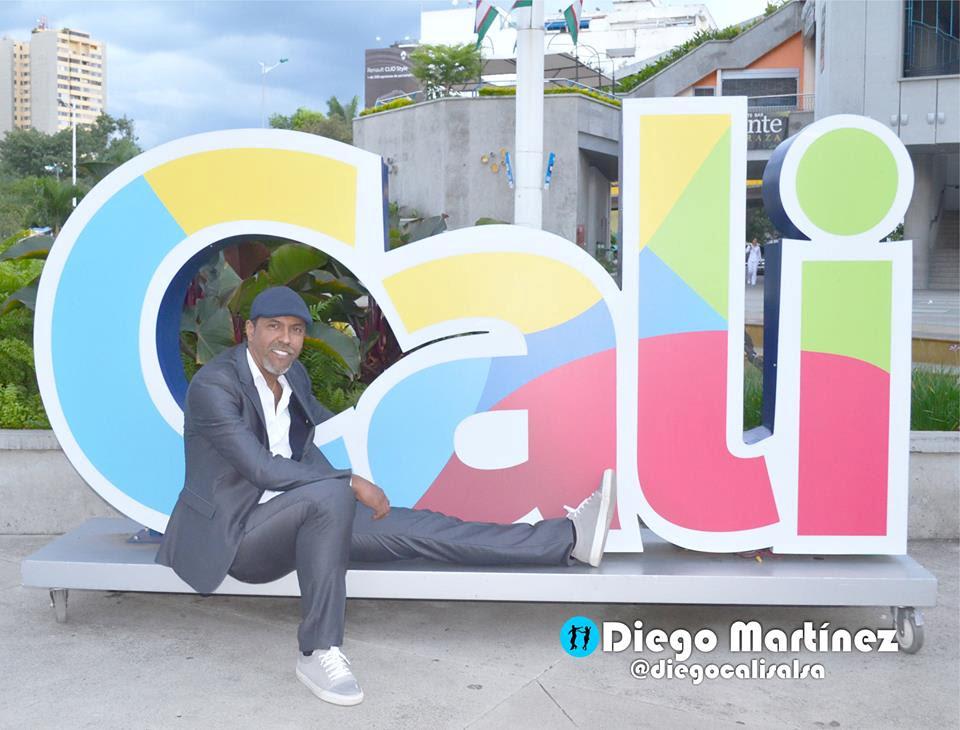 Diego Martínez, bailarín y coreógrafo caleño en el Salón de eventos Hollywood - cali2