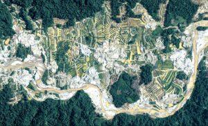Aviones y drones monitorean daño ambiental en la Amazonía peruana - de5af75fdcf8e09cb505896bb424ade01d27d0ba-1-300x182