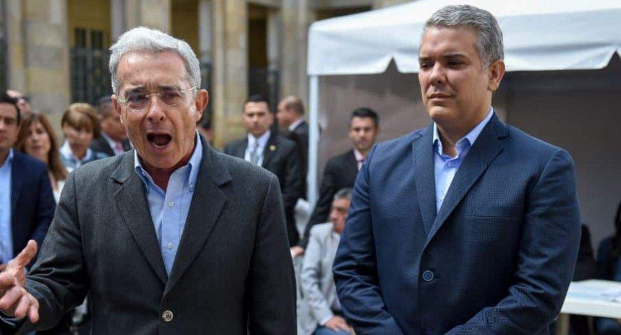 "Columna Ex Senador Juan Manuel Galán - ""ENDEREZAR"" - duque-uribe-900x485"