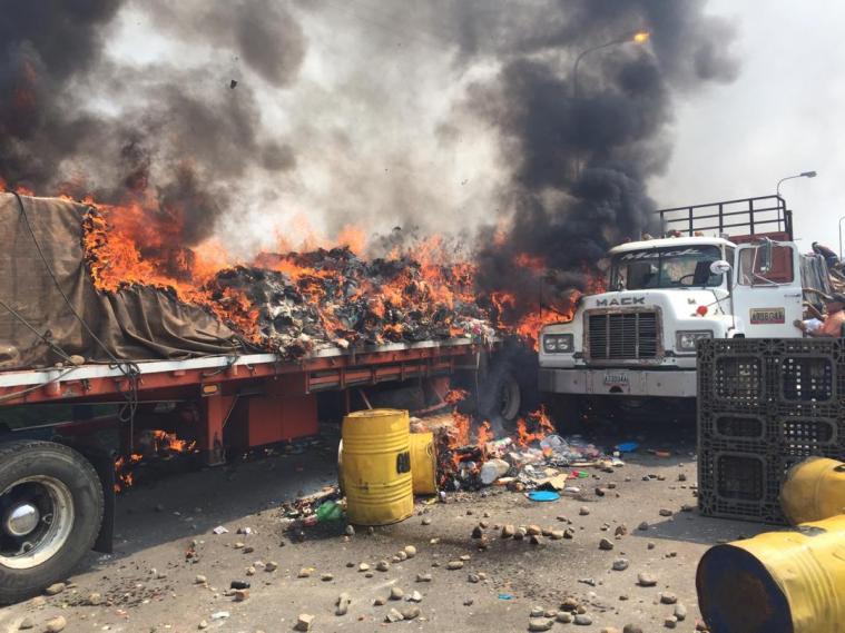 Venezuela La máscara humanitaria de la guerra - quema1_0