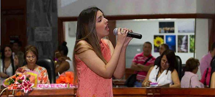 Alcaldía de Cali ofrece clases gratuitas de teclado, percusión y técnica vocal para niños y adultos - 727
