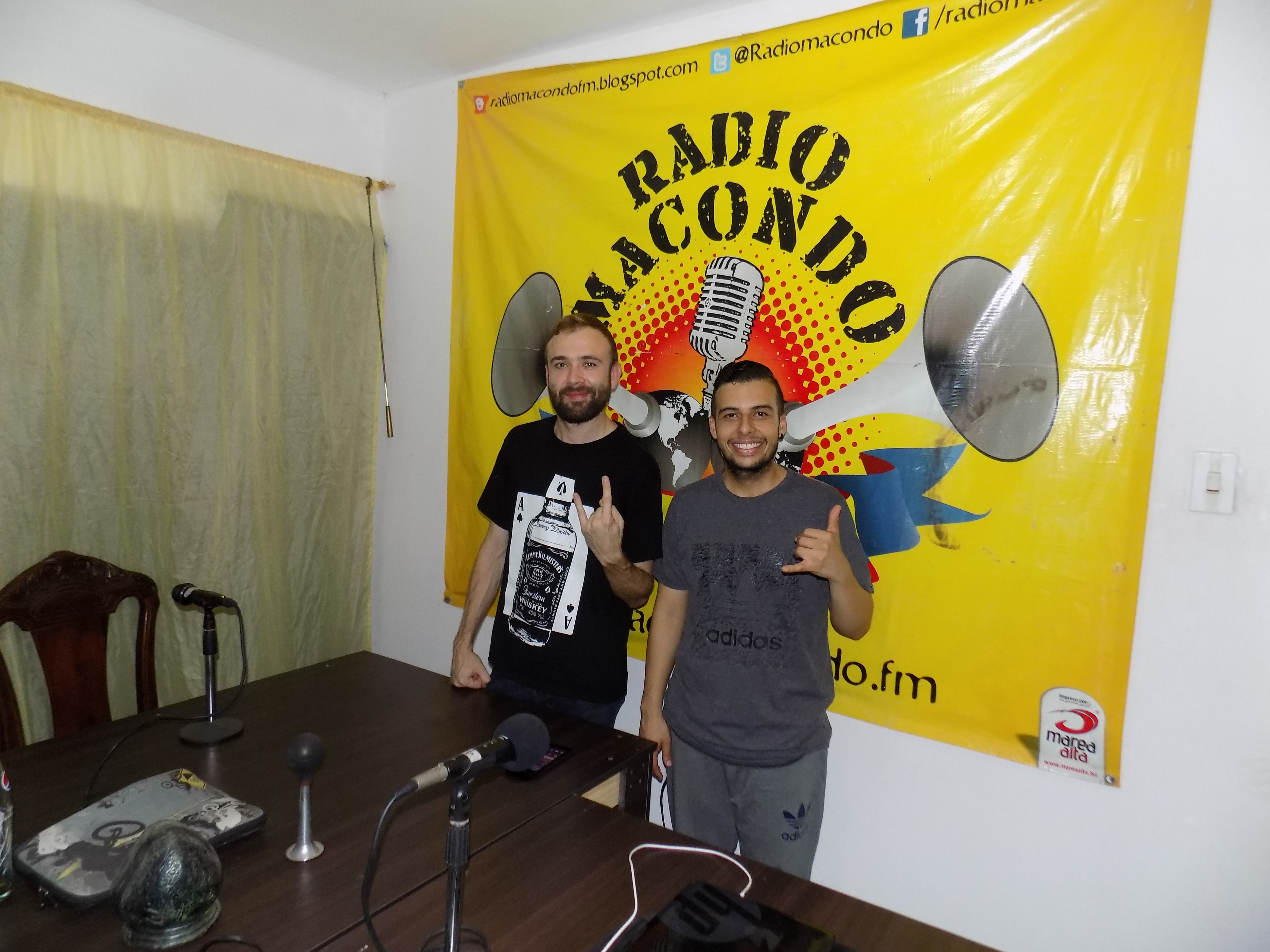 STEREO ACME:BLUES, JAZZ Y ROCK AND ROLL DE CALI - DSCN0003