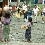 El nuevo orden turístico mundial. Lo que no había logrado el imperialismo agresor lo ha conseguido el turismo depredador - Tour-al-lago-Atitlán-Guatemala.-Foto-carlos-de-Urabá.-150x150