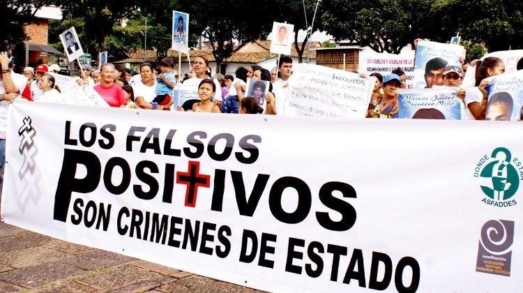 Opinión: Las Fuerzas Militares y la violación de derechos humanos - falsos_positivos_arcoiris