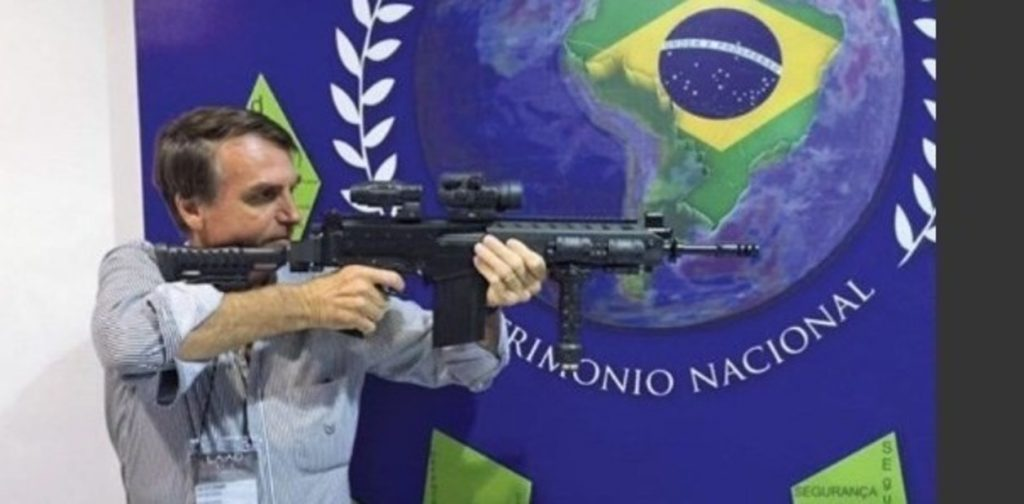 """""""Bolsonaro es un enfermo y cree que el problema de Brasil se resuelve con armas"""", Lula - jair-bolsonaro-si-alguien-entra___M9ZVYJ4Ex_1256x620__2-1024x504"""