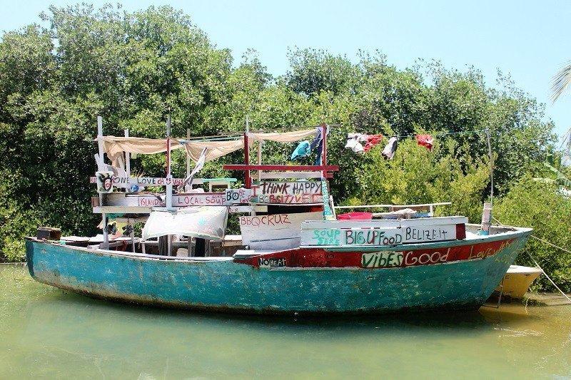 Narco huracán azota Belice - Barco-reggae.-Belice.-Carlos-de-Urabá