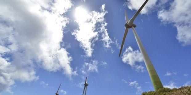 Las energías renovables en el mundo se han cuadruplicado en el último decenio, según la ONU - th_1cce678baa2865fe866ba90e481edd63_renovables-eólico-el-hierrro