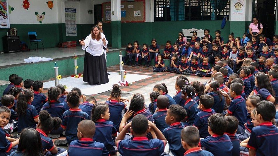 Hacer teatro en Colombia es para Quijotes y faquires - Teatrovive2