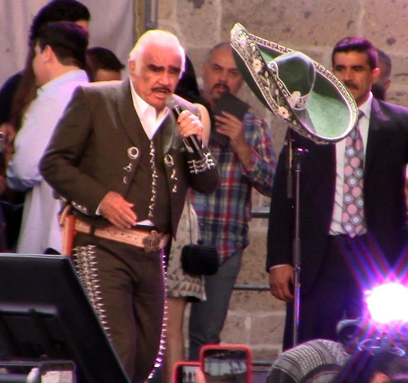 Concierto de despedida de Vicente Fernández en Guadalajara (Jalisco) - 0jalá-que-te-vaya-bonito-foto-Urabá