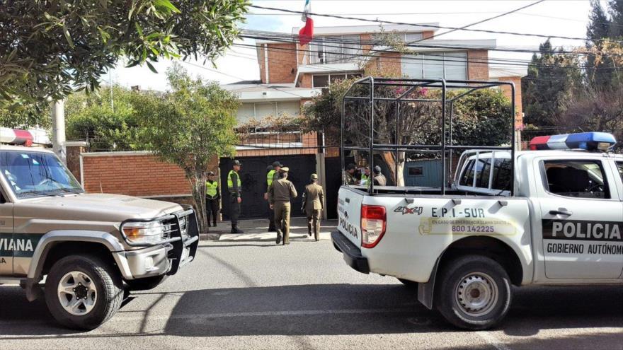 """México repudia """"hostigamiento"""" contra su embajada en Bolivia - 0533597_xl"""