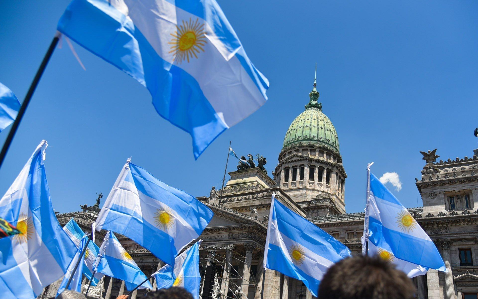 Argentina. Quiero una Iglesia separada del Estado, para no ver abrazos con el demonio ni dictaduras apoyadas en Cristo - 5G2KXEZNANBWLGXNH67TBYZRYA