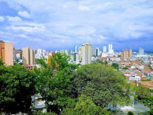Santiago de Cali vista desde la Colina de San Antonio. Fotografía de Francisc Lozano