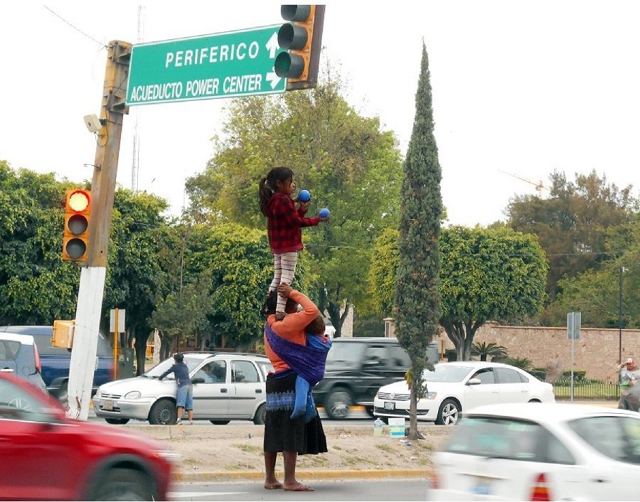 Cuando la patria se convierte en un semáforo - Cuando-la-patria-se-convierte-en-un-semáforo.-Foto-Chaska.I