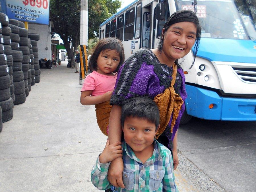 Cuando la patria se convierte en un semáforo - Indígenas-de-Chiapas-Tzotziles.-Foto-Carlos-de-Urabá