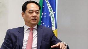 El embajador de China en Brasil, Yang Wanming