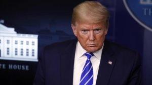 El presidente de EE.UU., Donald Trump, durante una reunión en la Casa Blanca, en Washington (capital), 23 de abril de 2020. (Foto: AP)