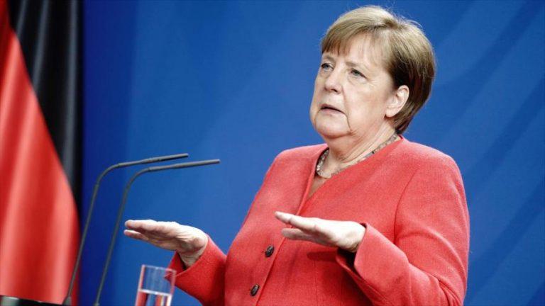 La canciller alemana, Angela Merkel, durante una rueda de prensa en Berlín (capital), 19 de junio de 2020. (Foto: AFP)
