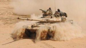Un tanque de batalla T-90 ruso del Ejército indio. (Foto: AFP) - 10180608_xl-300x169