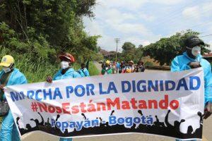 Avanza-hacia-Bogotá-la-Marcha-por-la-dignidad-4 - Avanza-hacia-Bogotá-la-Marcha-por-la-dignidad-4-300x200