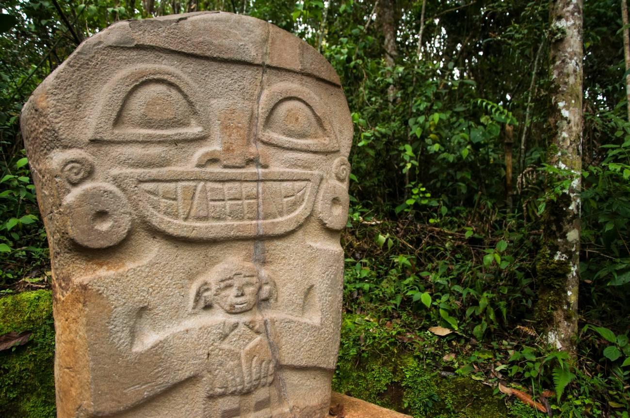Emociones universales: del dolor a la euforia en los rostros de las esculturas precolombinas - Emociones-universales-del-dolor-a-la-euforia-en-los-rostros-de-las-esculturas-precolombinas