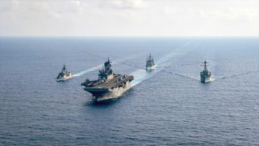 EEUU reta a China y defiende sus incursiones en aguas en disputa - Una-fragata-de-la-Armada-Real-Australiana
