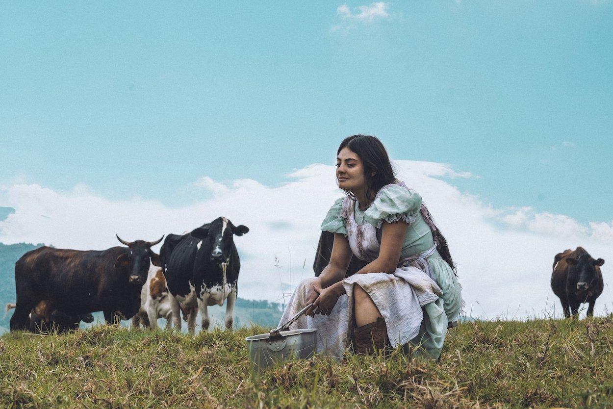 'Luz', una de las apuestas más arriesgadas del cine de género colombiano, llega a los autocines de Colombia el 28 de octubre - Luz-