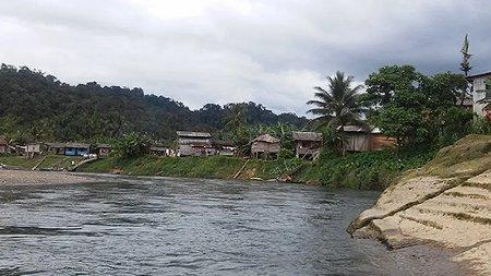 Buenaventura Comunidad del Yurumanguí, afectada por choques armados - col-rio-yurumangui