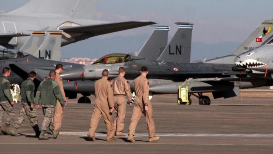 Turquía prohíbe uso de sus bases aéreas por las fuerzas de EEUU y les ha dado 15 días  para salir de su territorio. - 01161063_xl