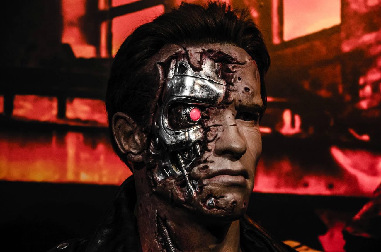 ¿Rebelión robótica? Cien años de amor y odio a los autómatas - Terminator_in_Madame_Tussaud_London_-33465711484
