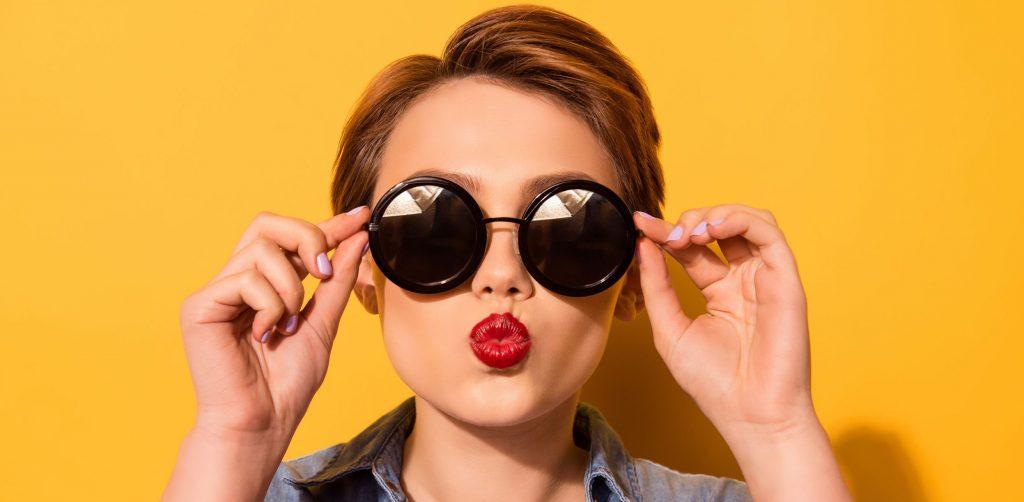 Si tus lentes Oakley o Ray Ban han sufrido algún daño, no los deseches - 82769427_m-e1579724262705-1024x502-1