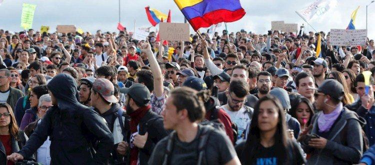 Análisis: La estrategia de guerra total contra el movimiento social - ColombiaResiste