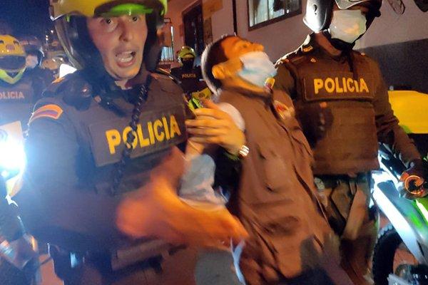 "Informe de Human Rights Watch ""brutalidad policial contra manifestantes"" - Johan-Sebastian-Moreno-Castro"