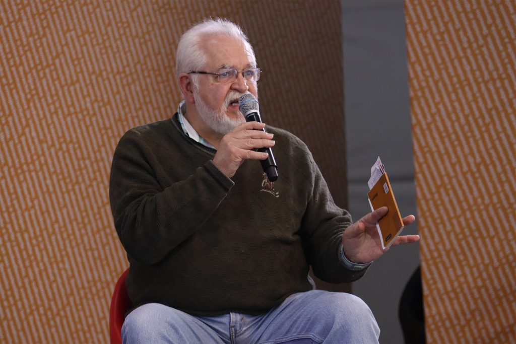 Escritores del Caribe Colombiano son protagonistas de las XIII Jornadas Universitarias de Poesía - Eduardo_Langagne_en_2018-1024x683