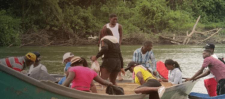 Desplazamiento masivo de familias del Consejo comunitario de Cajambre - Embarcacion-buenabentura-1